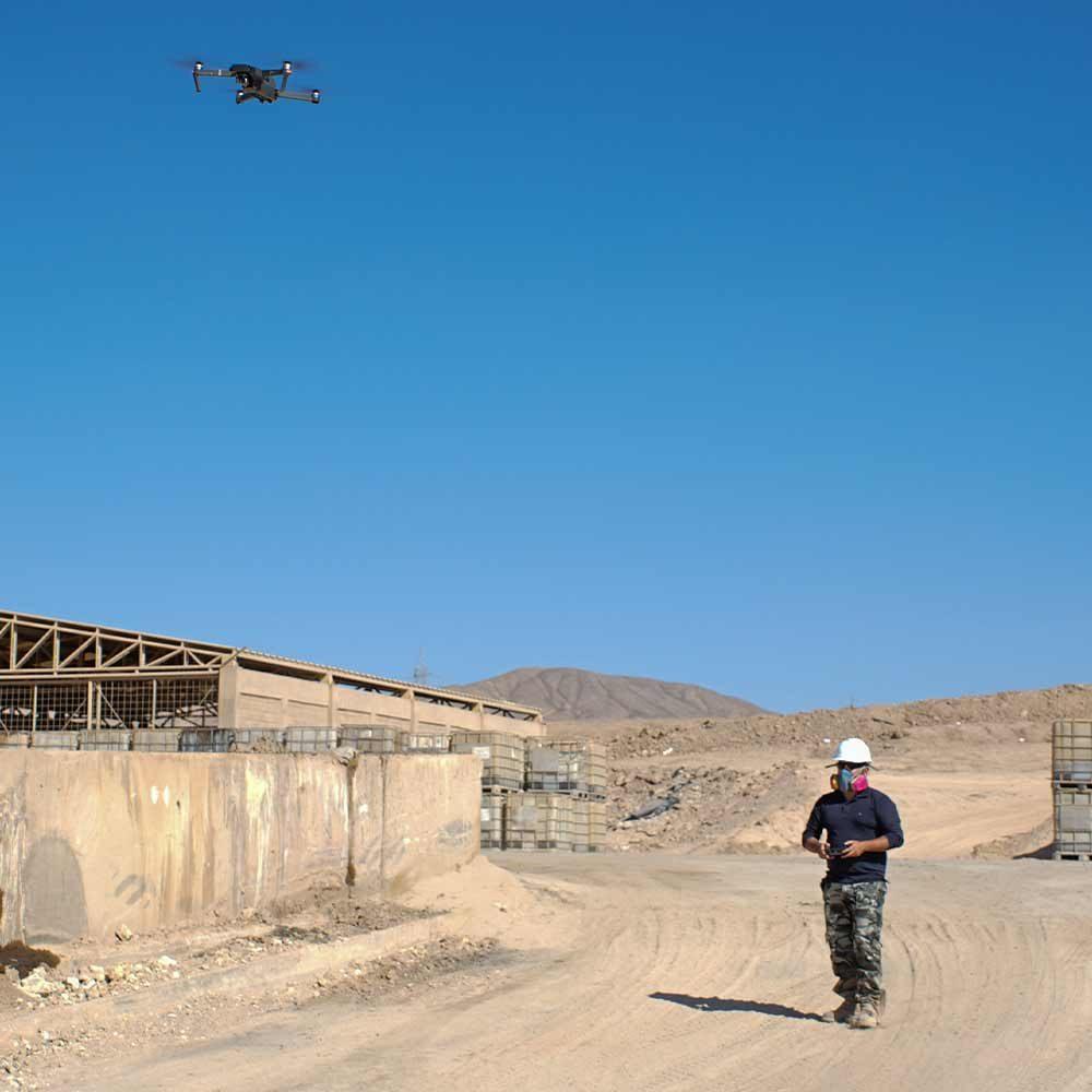 Foto volando dron